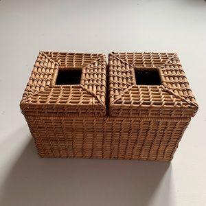 VINTAGE Brown Wicker Boho Tissue Box Holder